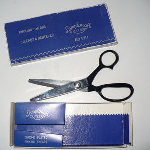 Other - Pinking Shears / Seaming Scissors